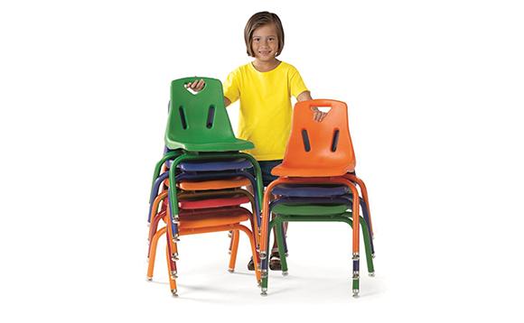 chaises tubulaires empilables brault bouthillier. Black Bedroom Furniture Sets. Home Design Ideas